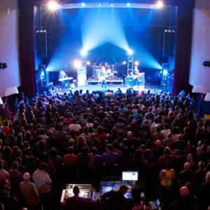 Sala capitol santiago de compostela entradas el for Concierto hoy en santiago